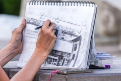 David-Royal-Sketching-with-Charcoal